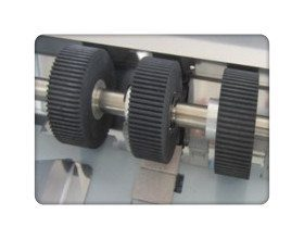 Paper folding machine-3 feed rollers