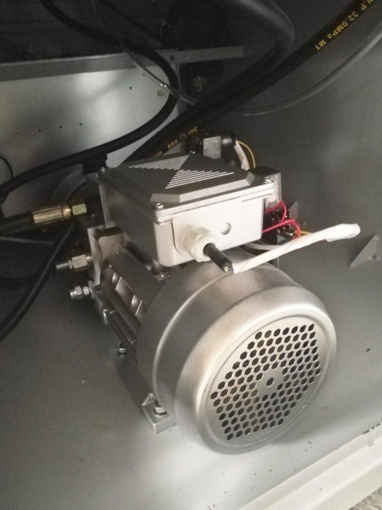 Hydraulic Laminator-8